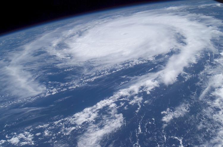 hurricane-916500_1280