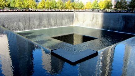 world-trade-center-memorial-271356_1280
